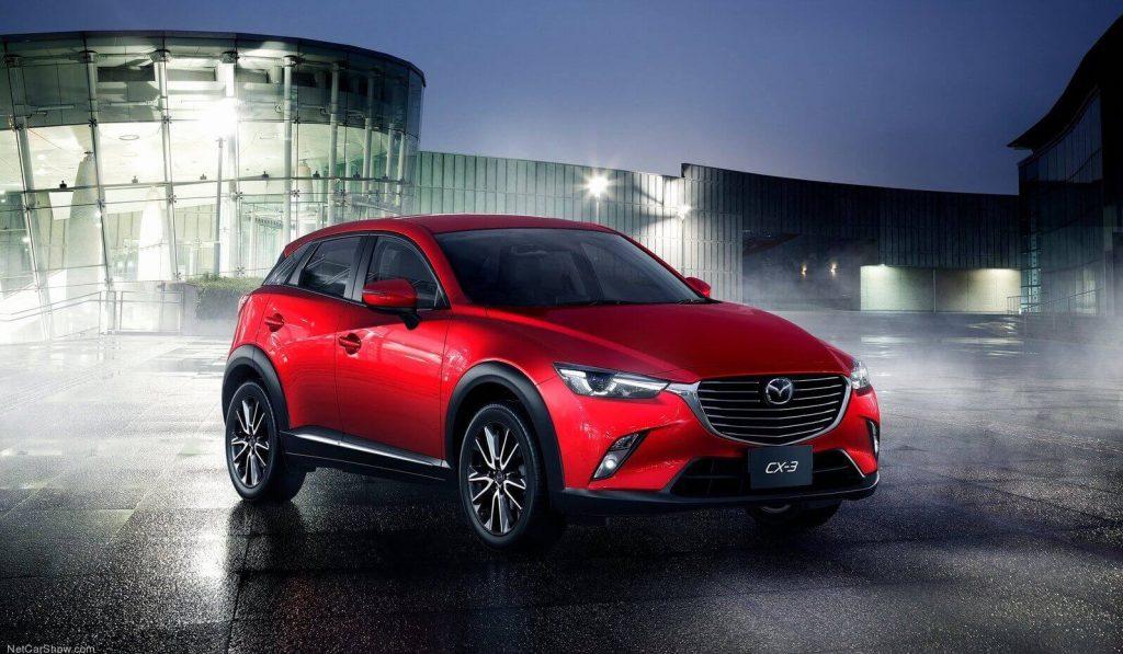 Mazda CX-3 v červené barvě